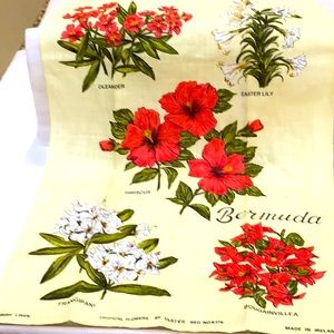 Irish linen Tropical flowers Bermuda towel